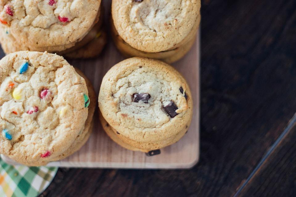 Ricetta cookies americani - Biscotti con gocce di cioccolato