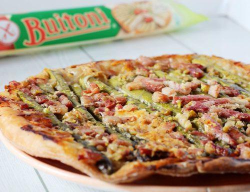 Tarte tatinsalata con asparagi, pistacchi, emmental e pancetta affumicata con sfoglia Buitoni