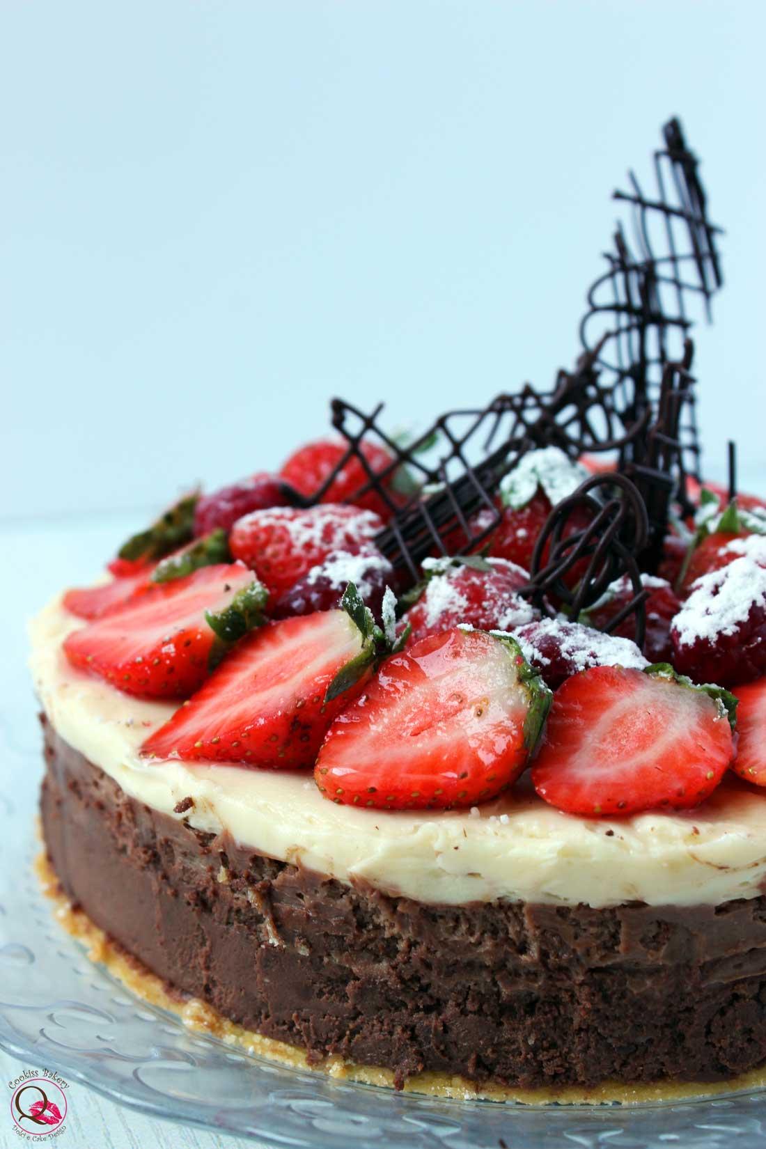 torta mousse doppio cioccolato vicino