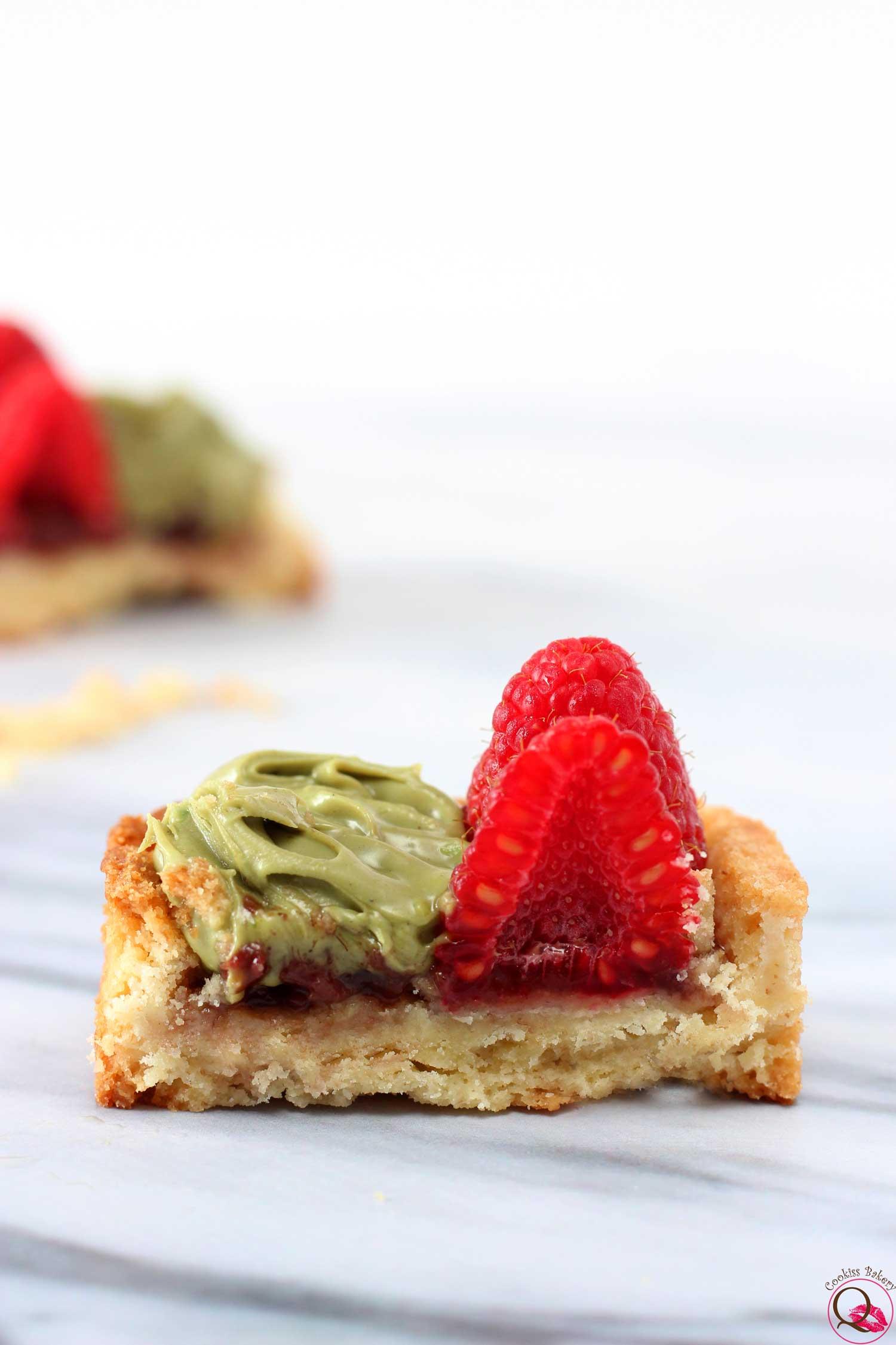 Crostatina ai lamponi e Nutella di pistacchio sezione