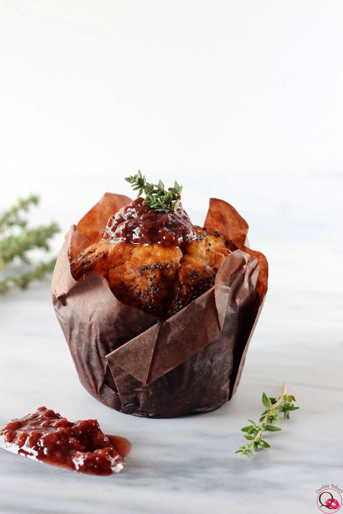 Muffins soffici all'olio d'oliva con marmellata di fragole darbo
