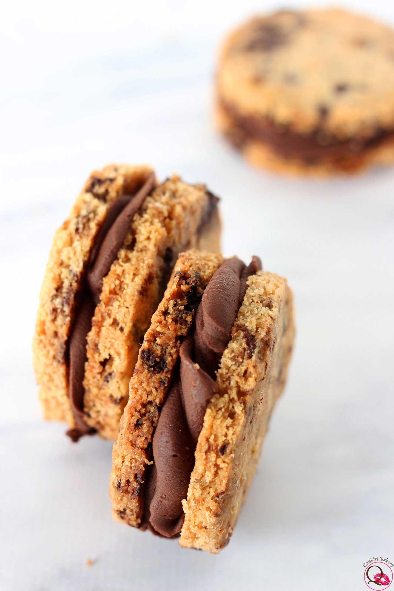 biscotto al burro con crema al cioccolato fondente due