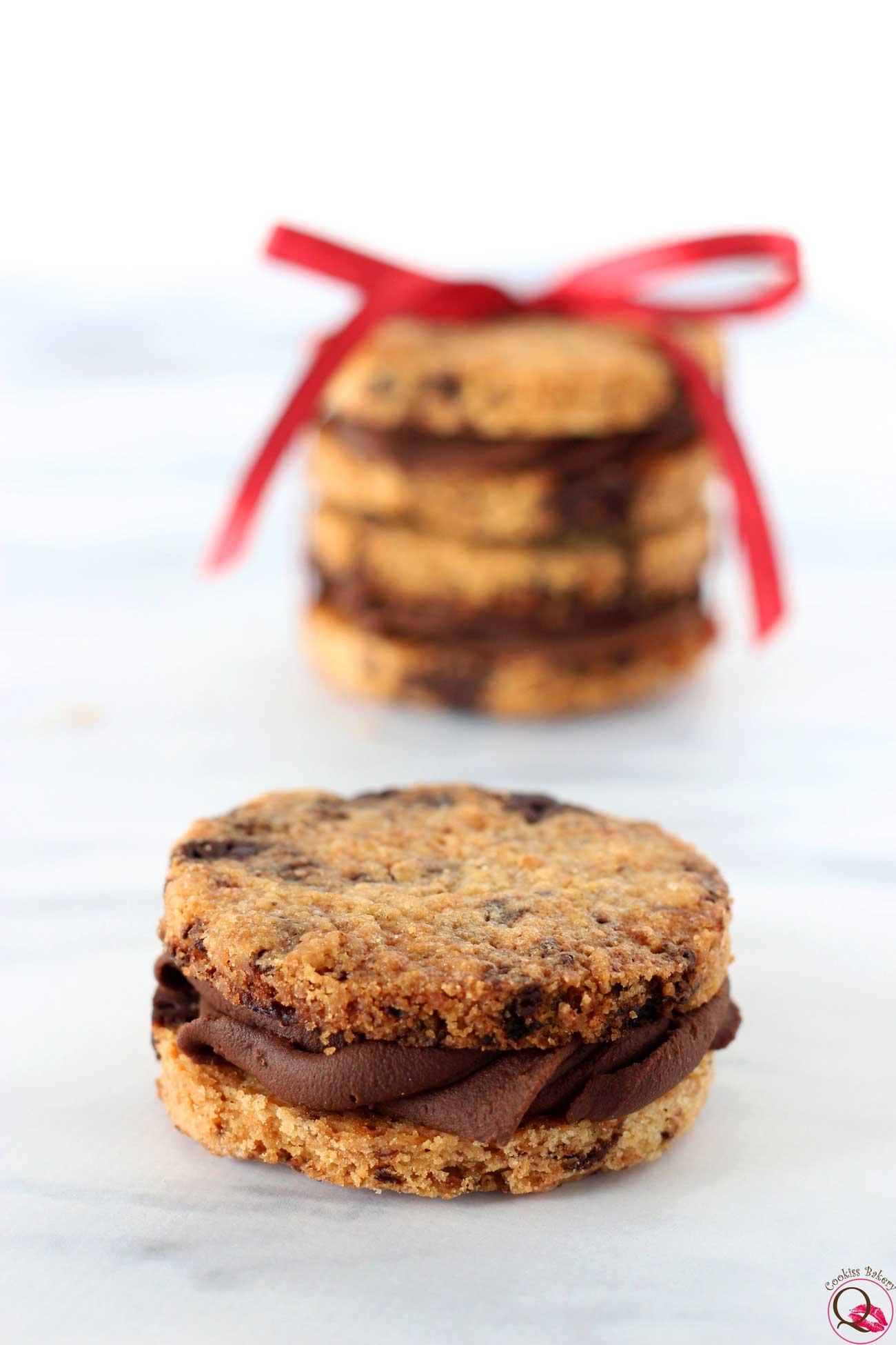biscotto al burro con crema al cioccolato fondente singolo