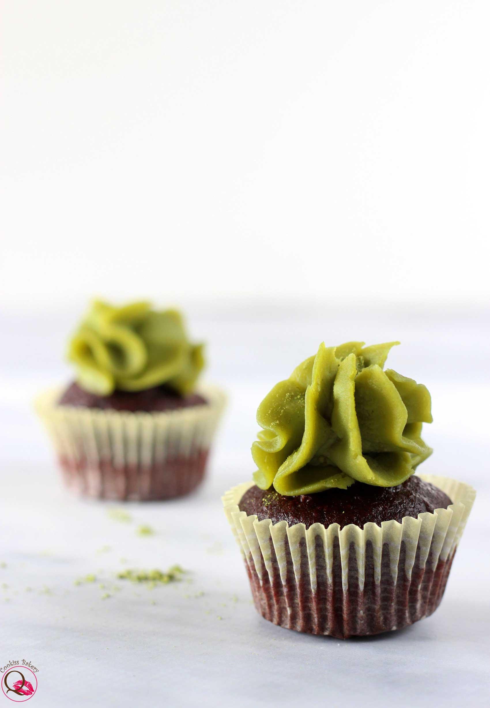 mini cupcakes al cioccolato fondente e Nutella di pistacchio singolo
