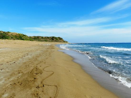 mounda-beach