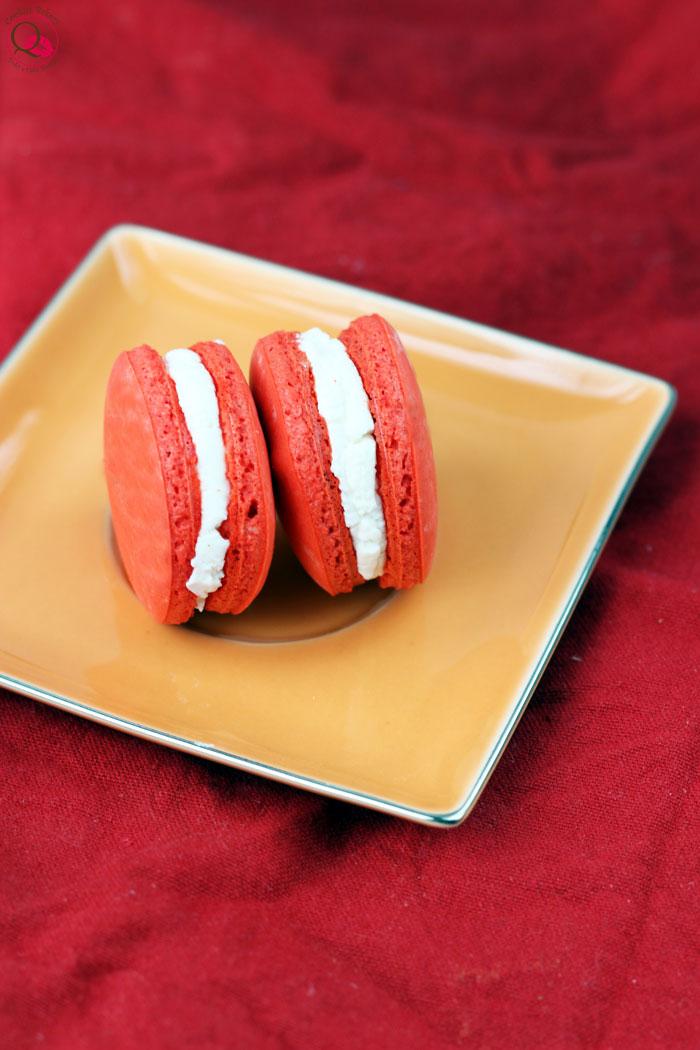 red-velvet-macarons-vicino