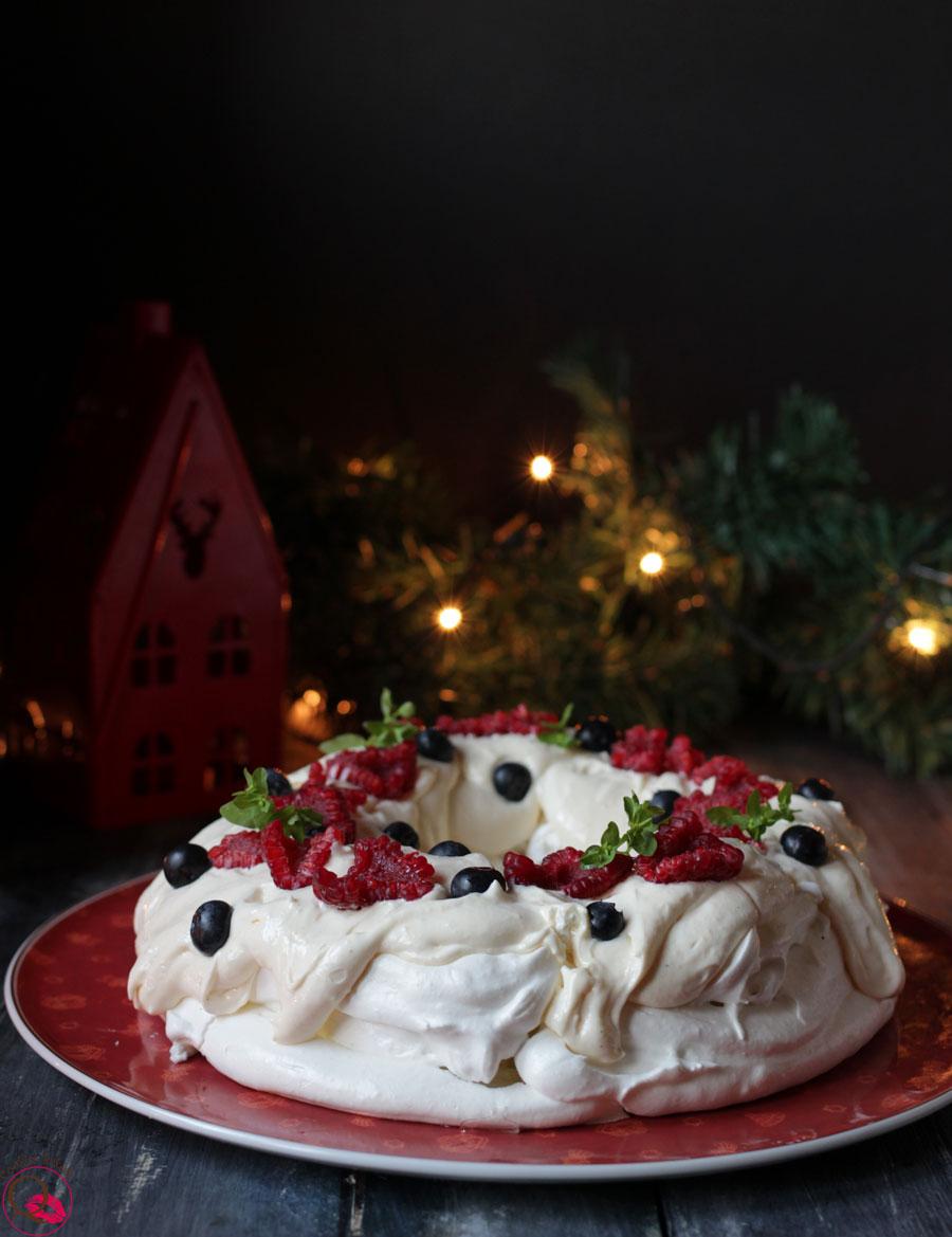 ricetta-pavlova-natalizia-intera