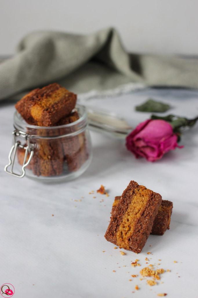 Biscotti-bicolore-al-cacao-e-integrali