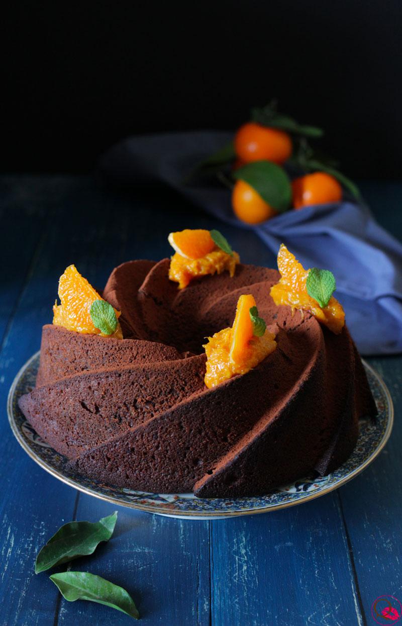 Torta-ai-mandarini-e-cacao-fetta-davanti