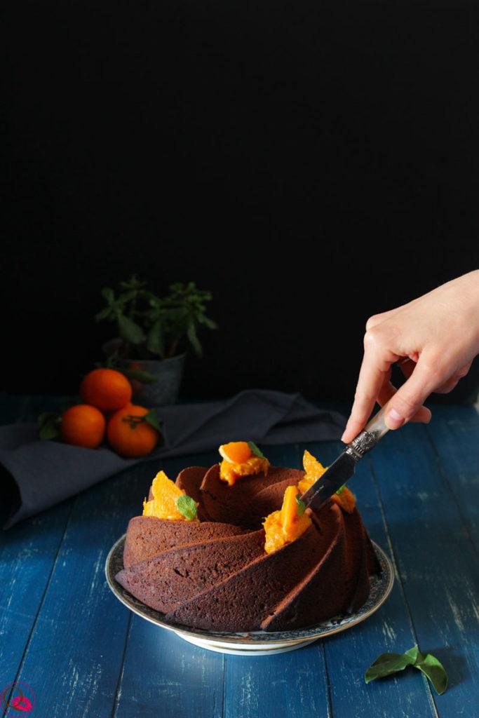 Torta-ai-mandarini-e-cacao-taglio