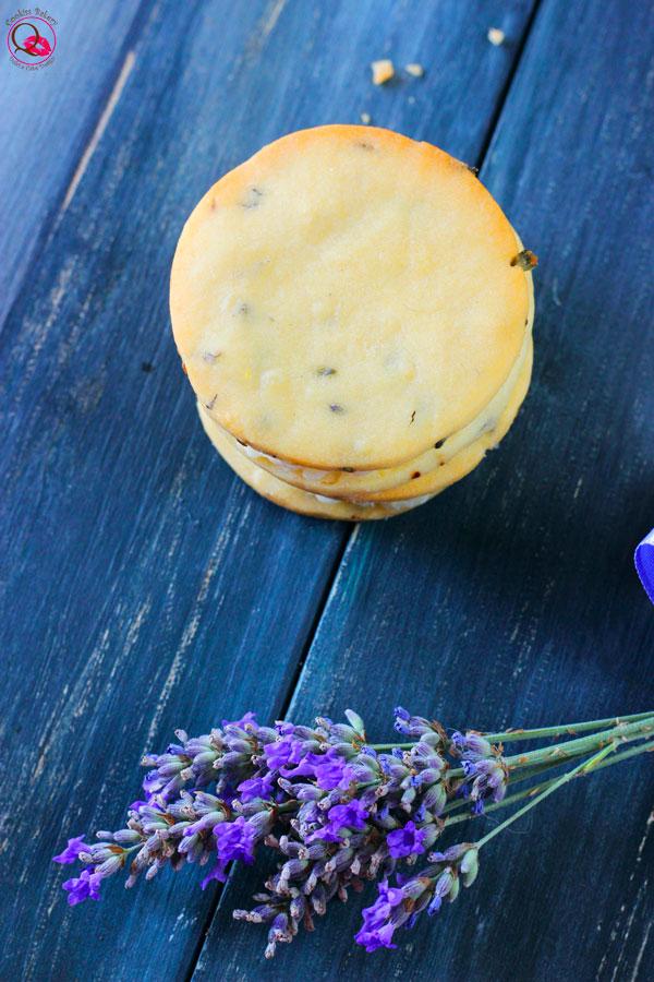biscotti-lavanda-e-limone-alto