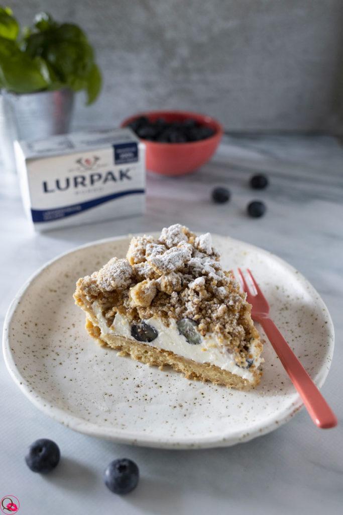 crostata-cheesecake-ai-mirtilli-con-crumble