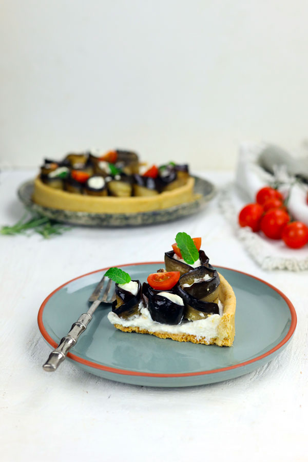 torta-salata-melanzane-e-ricotta-al-timo-fetta