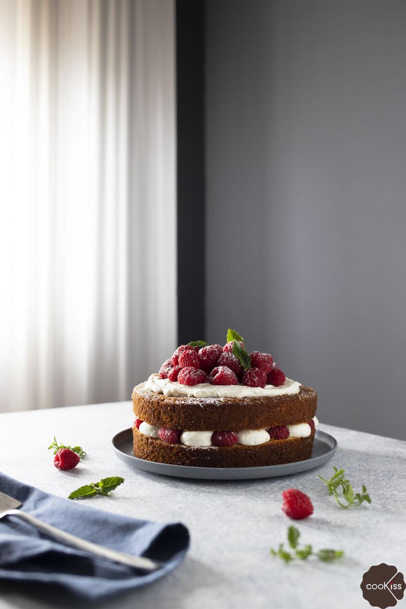 torta-allo-yogurt-della-nonna-con-crema-al-latte-intera