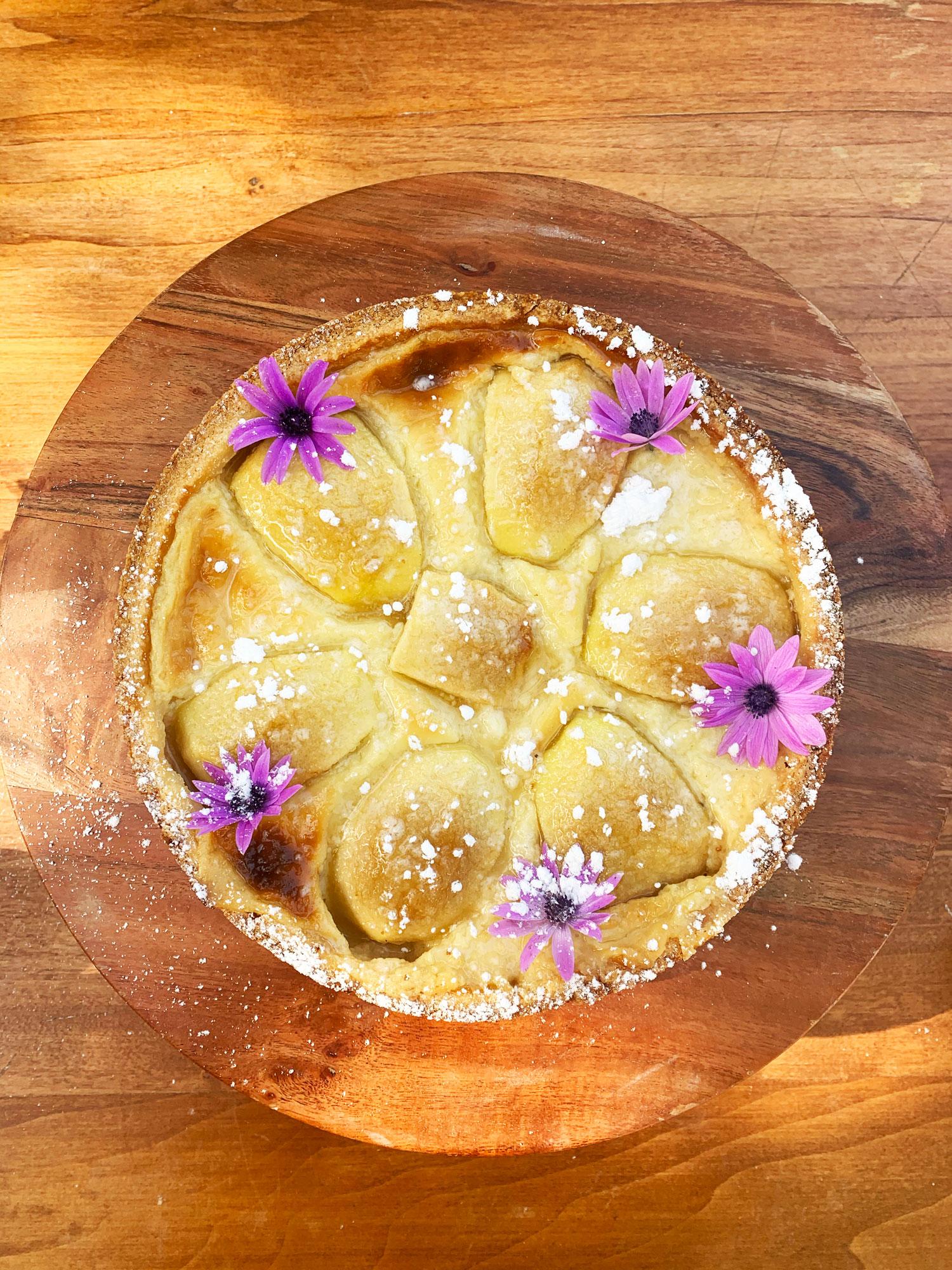 crostata-di-mele-con-crema-al-dolce-peccato-torre-a-cenaia
